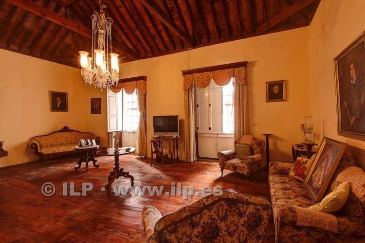 8 Bed  Villa/House for Sale, In the historic center, Santa Cruz, La Palma - LP-SC70 10