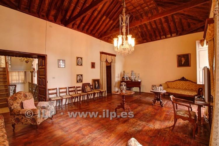 8 Bed  Villa/House for Sale, In the historic center, Santa Cruz, La Palma - LP-SC70 11