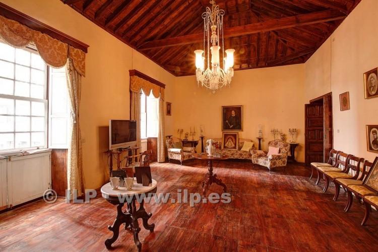 8 Bed  Villa/House for Sale, In the historic center, Santa Cruz, La Palma - LP-SC70 12
