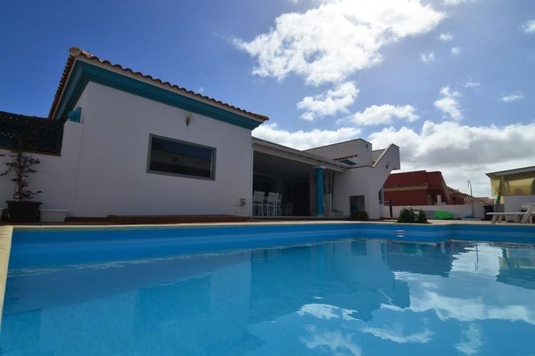 3 Bed  Villa/House for Sale, Corralejo, Las Palmas, Fuerteventura - DH-VPTVLC3C82-59 15