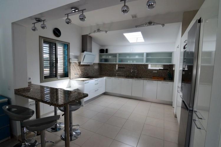 3 Bed  Villa/House for Sale, Corralejo, Las Palmas, Fuerteventura - DH-VPTVLC3C82-59 3