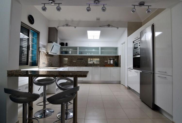 3 Bed  Villa/House for Sale, Corralejo, Las Palmas, Fuerteventura - DH-VPTVLC3C82-59 7