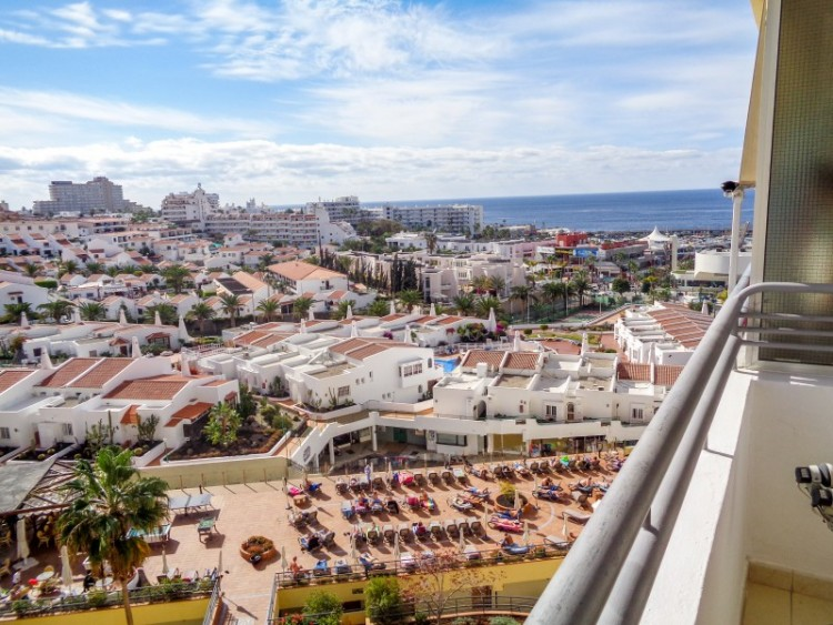 1 Bed  Flat / Apartment for Sale, Las Americas, Tenerife - YL-PW109 3