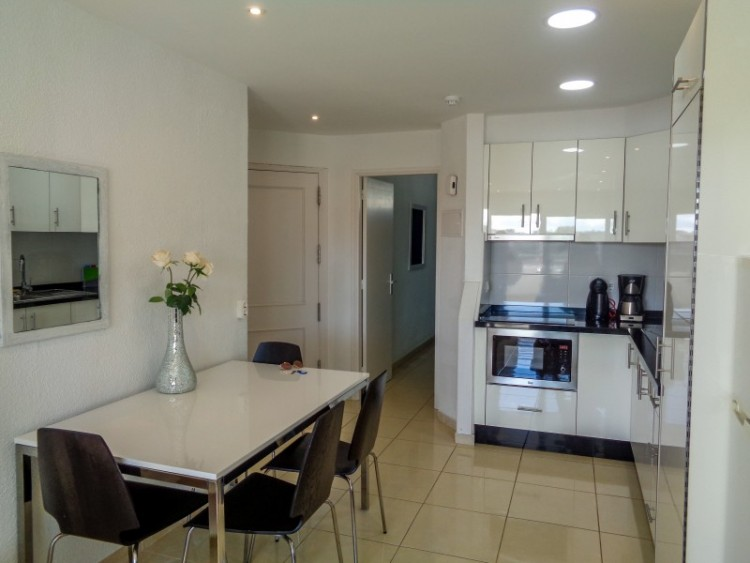 1 Bed  Flat / Apartment for Sale, Las Americas, Tenerife - YL-PW109 6