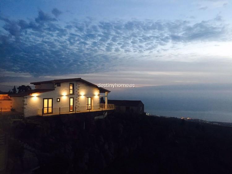 2 Bed  Villa/House for Sale, Guía de Isora, Santa Cruz de Tenerife, Tenerife - DH-VPTGISDOML_06-19 1