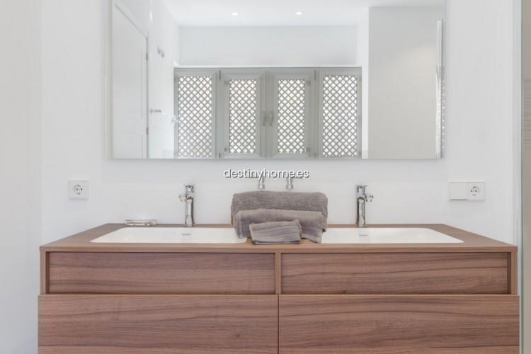 2 Bed  Flat / Apartment for Sale, Palm-Mar, Santa Cruz de Tenerife, Tenerife - DH-VTPROMJARDM2H_06-19 11