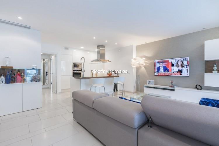 2 Bed  Flat / Apartment for Sale, Palm-Mar, Santa Cruz de Tenerife, Tenerife - DH-VCOLMPMOLAS_06-19 2