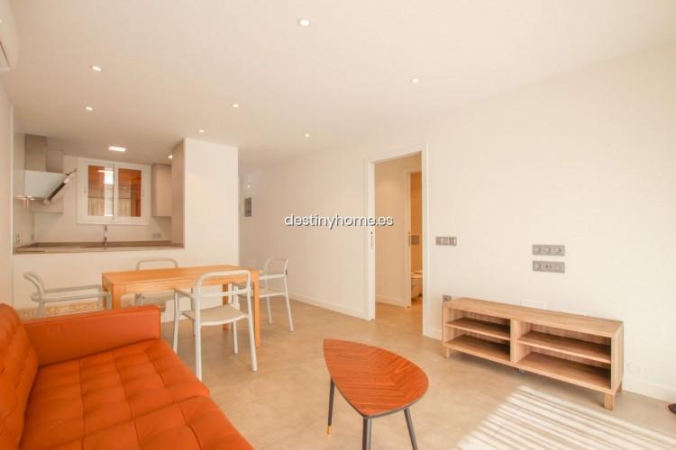 2 Bed  Flat / Apartment for Sale, Los Cristianos, Santa Cruz de Tenerife, Tenerife - DH-VPTCRISFYR2H_06-19 11