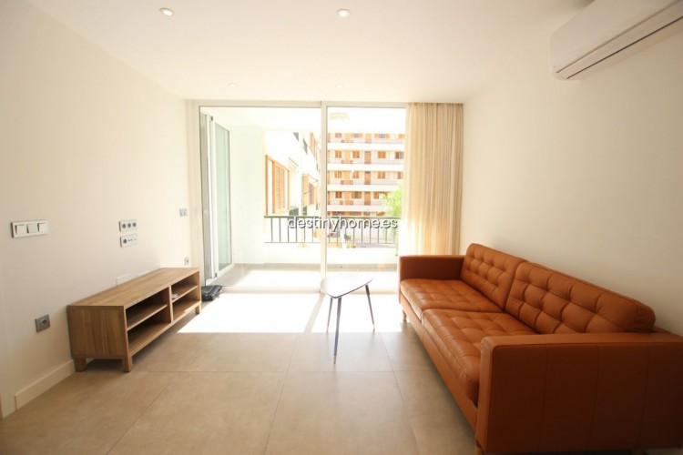 2 Bed  Flat / Apartment for Sale, Los Cristianos, Santa Cruz de Tenerife, Tenerife - DH-VPTCRISFYR2H_06-19 16