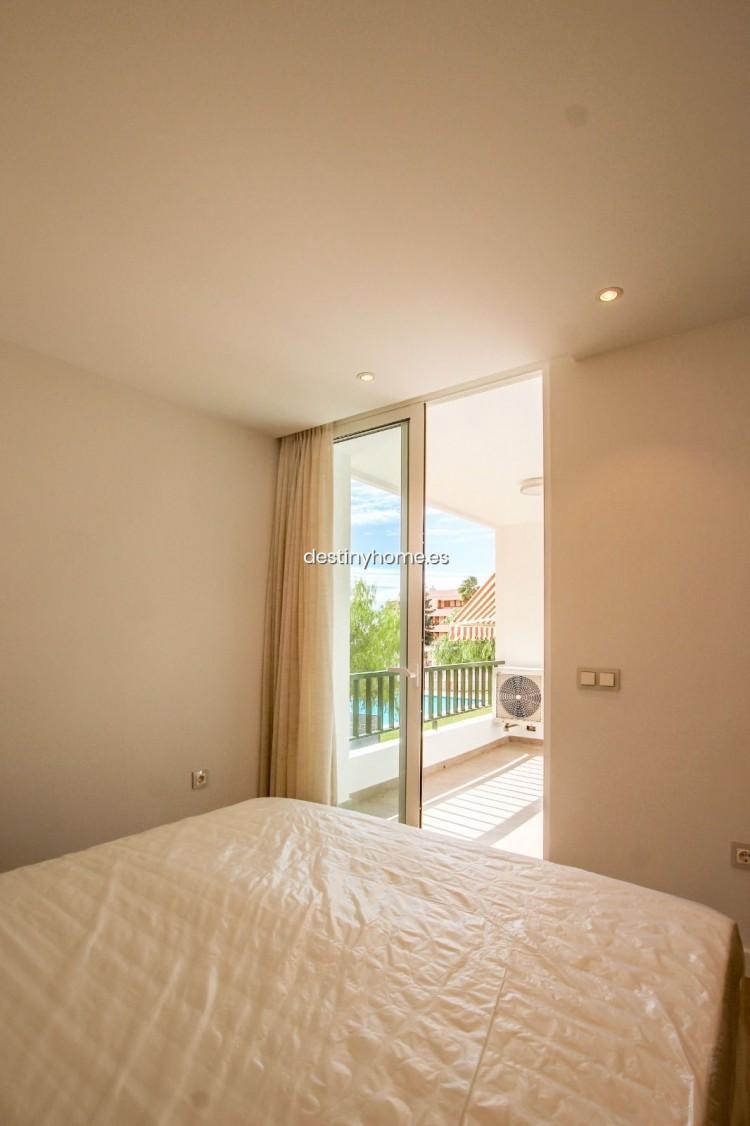2 Bed  Flat / Apartment for Sale, Los Cristianos, Santa Cruz de Tenerife, Tenerife - DH-VPTCRISFYR2H_06-19 18