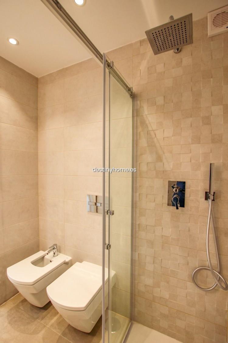 2 Bed  Flat / Apartment for Sale, Los Cristianos, Santa Cruz de Tenerife, Tenerife - DH-VPTCRISFYR2H_06-19 19