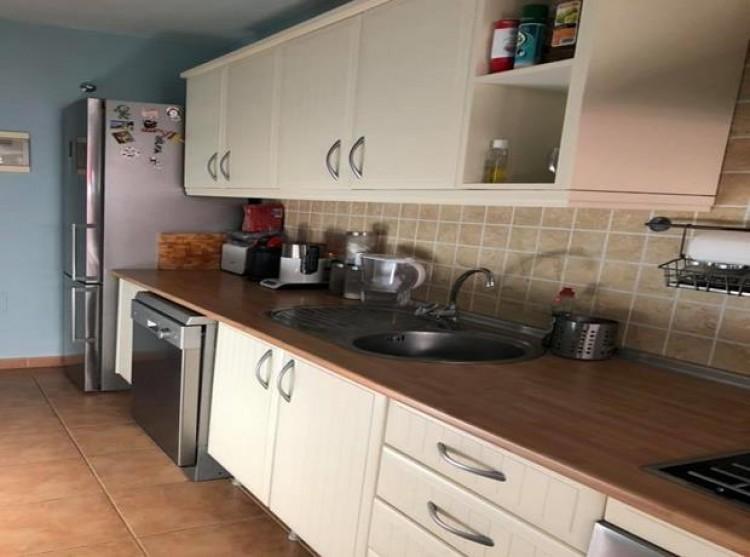 2 Bed  Flat / Apartment for Sale, Llano del Camello, Tenerife - PG-C1879 2
