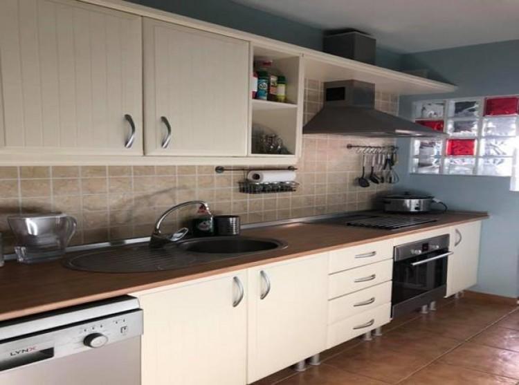 2 Bed  Flat / Apartment for Sale, Llano del Camello, Tenerife - PG-C1879 5