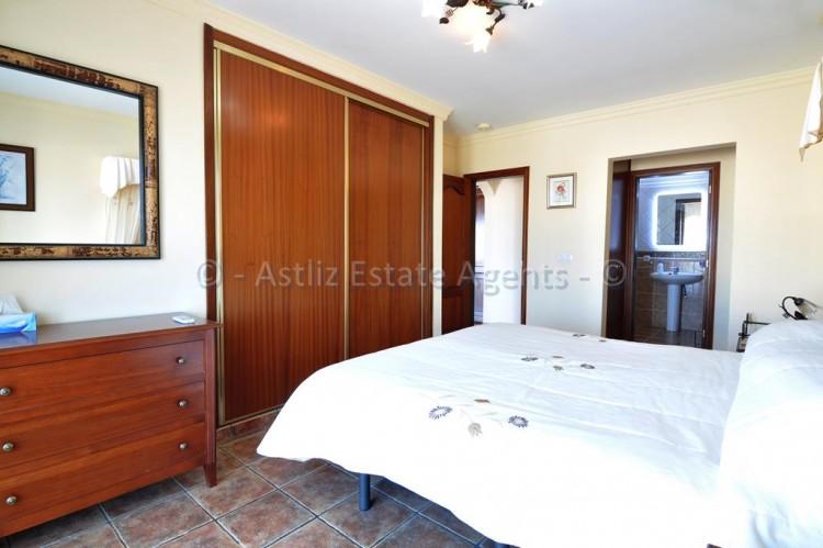 3 Bed  Villa/House for Sale, Callao Salvaje, Adeje, Tenerife - AZ-1355 15