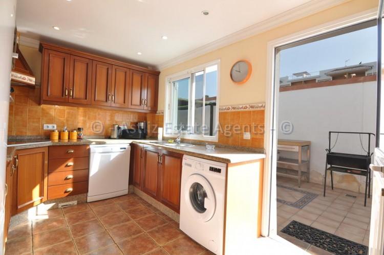 3 Bed  Villa/House for Sale, Callao Salvaje, Adeje, Tenerife - AZ-1355 2