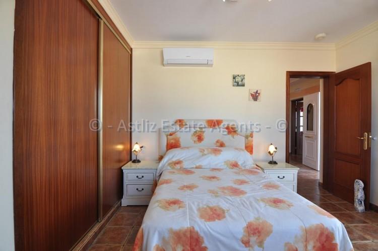 3 Bed  Villa/House for Sale, Callao Salvaje, Adeje, Tenerife - AZ-1355 5