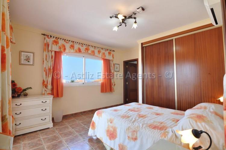 3 Bed  Villa/House for Sale, Callao Salvaje, Adeje, Tenerife - AZ-1355 7