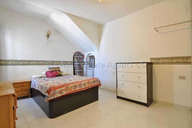 3 Bed  Flat / Apartment for Sale, Los Gigantes, Santiago Del Teide, Tenerife - AZ-1356 6