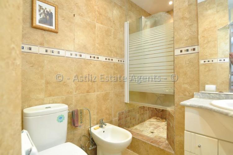 3 Bed  Flat / Apartment for Sale, Los Gigantes, Santiago Del Teide, Tenerife - AZ-1356 8