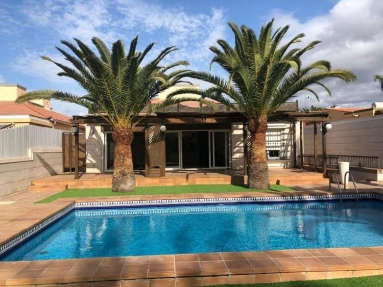 5 Bed  Villa/House for Sale, Las Palmas, Maspalomas, Gran Canaria - DI-15660 1