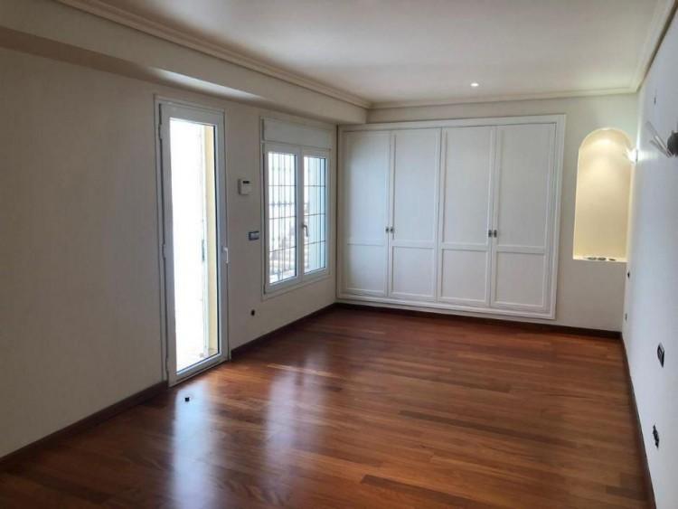 5 Bed  Villa/House for Sale, Las Palmas, Maspalomas, Gran Canaria - DI-15660 6