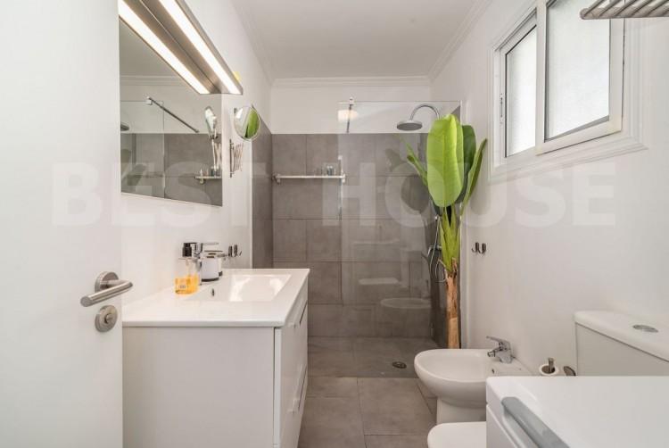 1 Bed  Flat / Apartment for Sale, San Bartolome de Tirajana, LAS PALMAS, Gran Canaria - BH-8930-OLF-2912 11