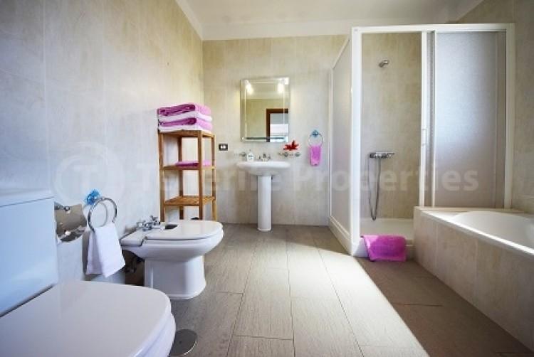4 Bed  Villa/House for Sale, El Galeón, Tenerife - TP-12048 11