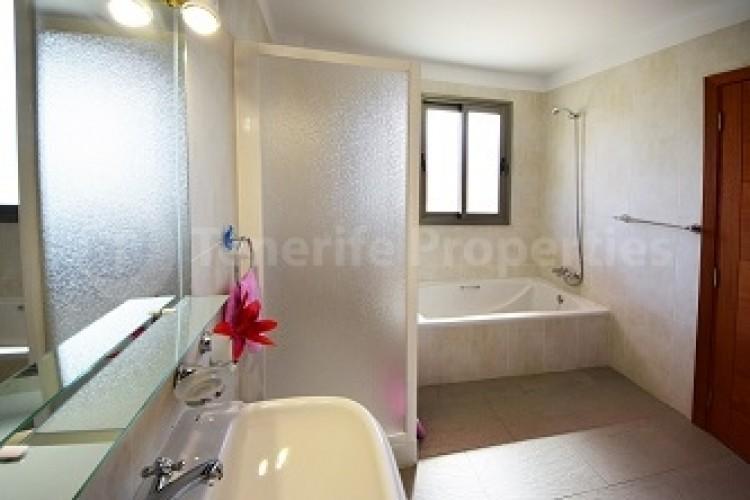 4 Bed  Villa/House for Sale, El Galeón, Tenerife - TP-12048 12
