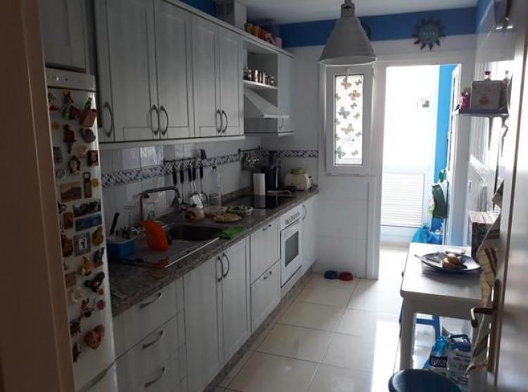 2 Bed  Flat / Apartment for Sale, Los Abrigos, Tenerife - PG-C1882 4