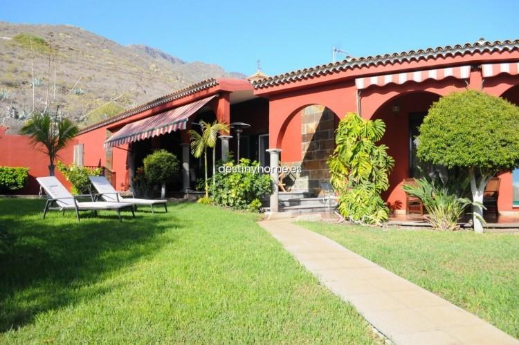 4 Bed  Villa/House for Sale, Adeje, Santa Cruz de Tenerife, Tenerife - DH-VPTCHADJASS_6-19 5