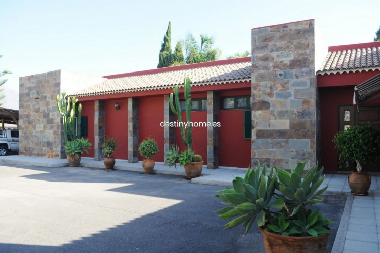 4 Bed  Villa/House for Sale, Adeje, Santa Cruz de Tenerife, Tenerife - DH-VPTCHADJASS_6-19 6