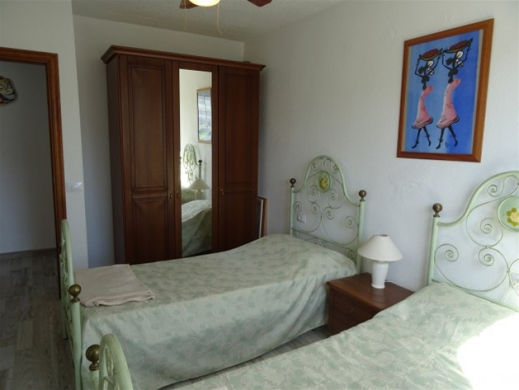 2 Bed  Flat / Apartment for Sale, Playa Paraiso, Tenerife - CS-10 12