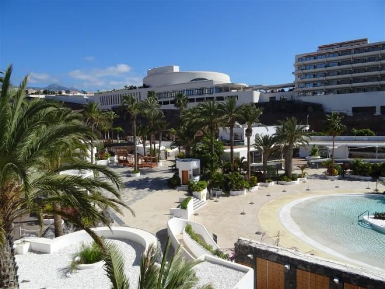 2 Bed  Flat / Apartment for Sale, Playa Paraiso, Tenerife - CS-10 20