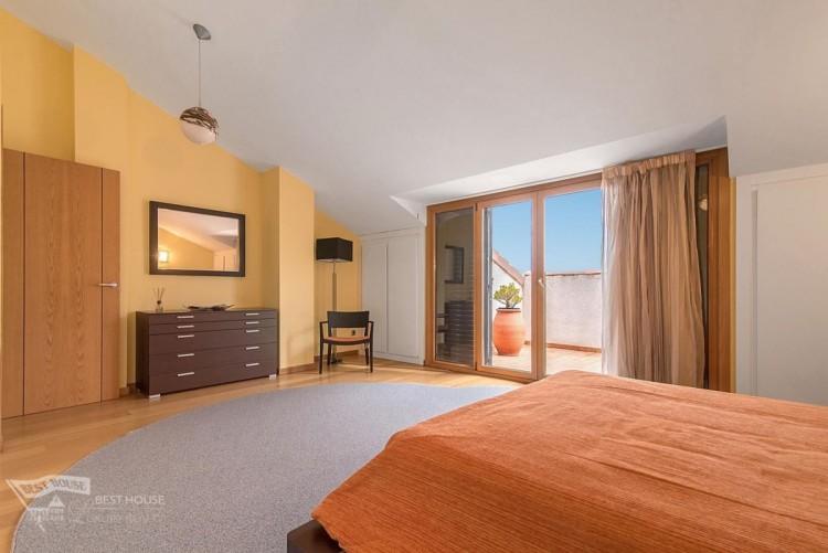 3 Bed  Villa/House for Sale, Las Palmas de Gran Canaria, LAS PALMAS, Gran Canaria - BH-8077-FAC-2912 10