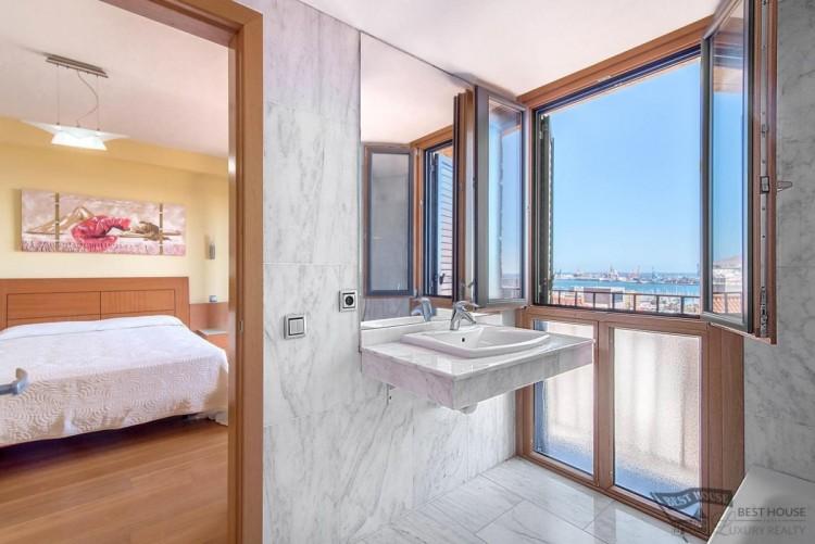 3 Bed  Villa/House for Sale, Las Palmas de Gran Canaria, LAS PALMAS, Gran Canaria - BH-8077-FAC-2912 13