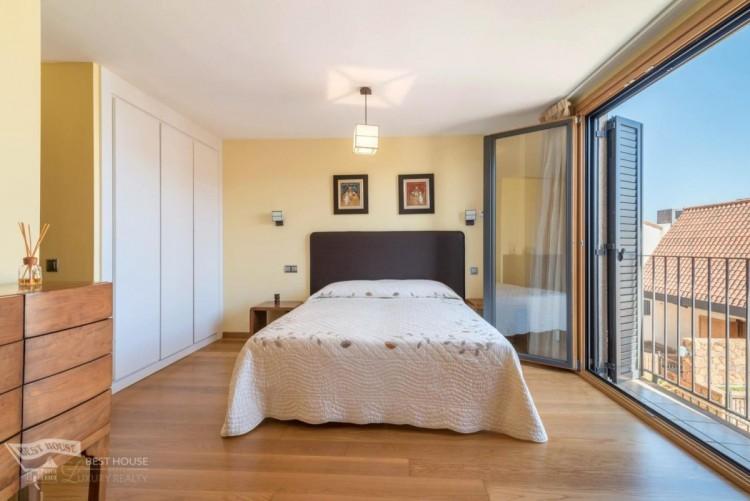 3 Bed  Villa/House for Sale, Las Palmas de Gran Canaria, LAS PALMAS, Gran Canaria - BH-8077-FAC-2912 16