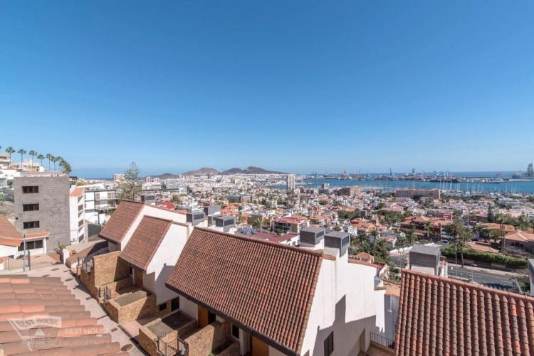 3 Bed  Villa/House for Sale, Las Palmas de Gran Canaria, LAS PALMAS, Gran Canaria - BH-8077-FAC-2912 18