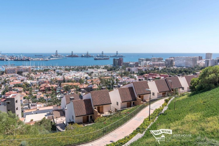 3 Bed  Villa/House for Sale, Las Palmas de Gran Canaria, LAS PALMAS, Gran Canaria - BH-8077-FAC-2912 2