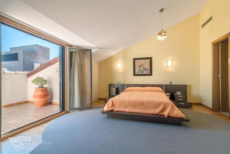 3 Bed  Villa/House for Sale, Las Palmas de Gran Canaria, LAS PALMAS, Gran Canaria - BH-8077-FAC-2912 8