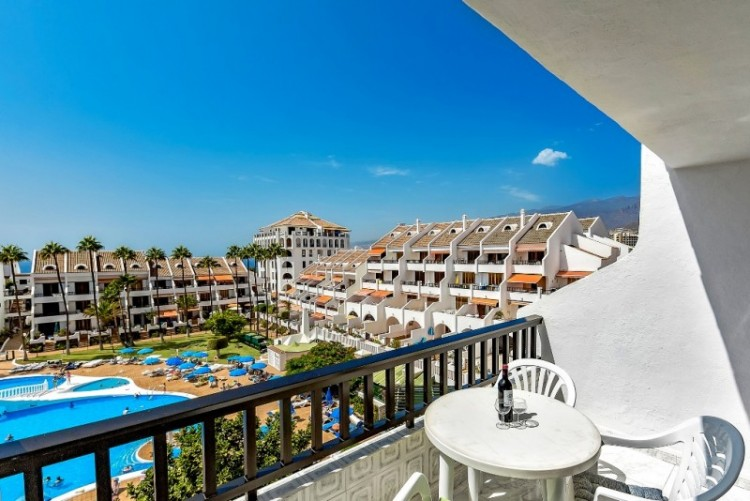 1 Bed  Flat / Apartment for Sale, Playa de las Americas, Tenerife - YL-PW114 3