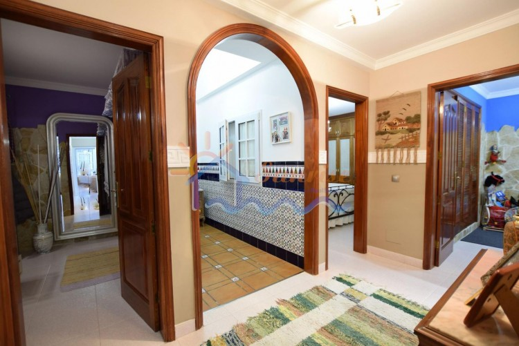 5 Bed  Villa/House for Sale, SAN BARTOLOME DE TIRAJANA, Las Palmas, Gran Canaria - MA-C-469 11