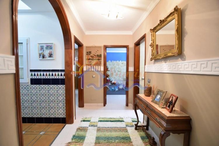 5 Bed  Villa/House for Sale, SAN BARTOLOME DE TIRAJANA, Las Palmas, Gran Canaria - MA-C-469 12