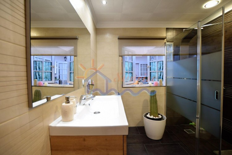 5 Bed  Villa/House for Sale, SAN BARTOLOME DE TIRAJANA, Las Palmas, Gran Canaria - MA-C-469 14