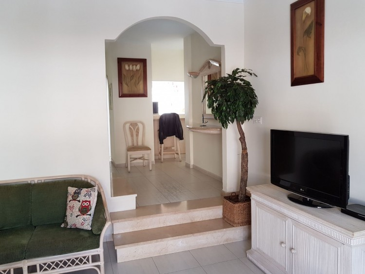 2 Bed  Villa/House for Sale, Los Cristianos, Arona, Tenerife - AZ-1166 4
