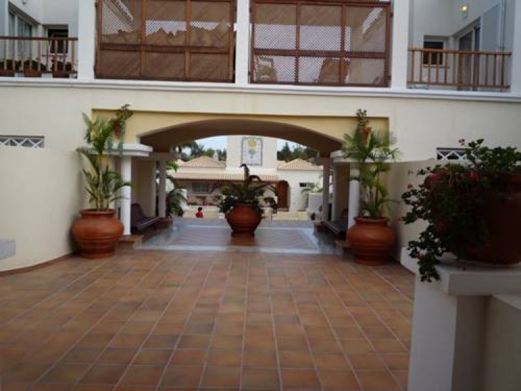 2 Bed  Villa/House for Sale, Los Cristianos, Arona, Tenerife - AZ-1166 6