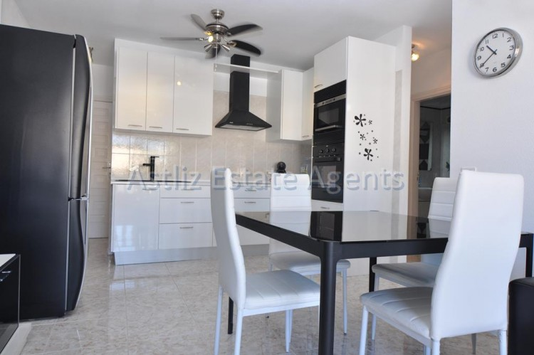 3 Bed  Flat / Apartment for Sale, Puerto De Santiago, Santiago Del Teide, Tenerife - AZ-1167 10