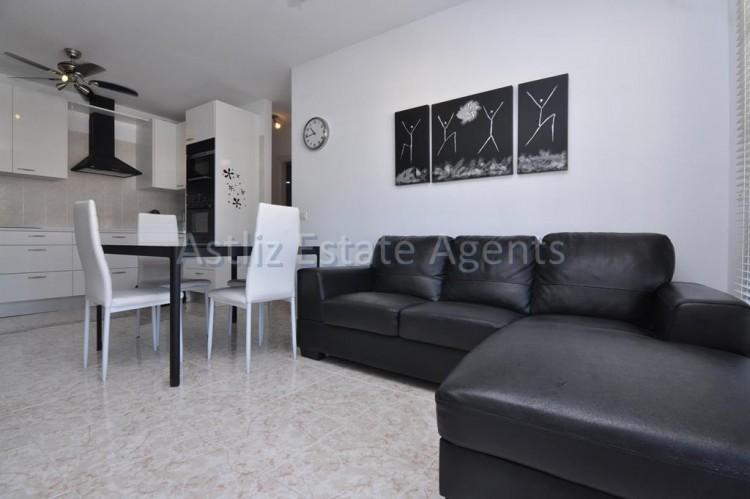 3 Bed  Flat / Apartment for Sale, Puerto De Santiago, Santiago Del Teide, Tenerife - AZ-1167 2