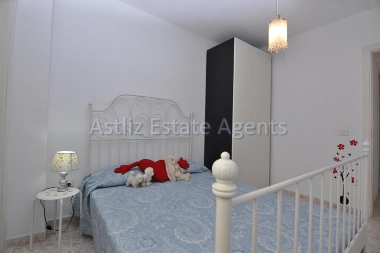 3 Bed  Flat / Apartment for Sale, Puerto De Santiago, Santiago Del Teide, Tenerife - AZ-1167 5