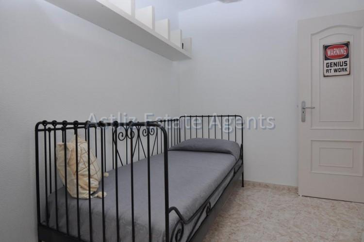 3 Bed  Flat / Apartment for Sale, Puerto De Santiago, Santiago Del Teide, Tenerife - AZ-1167 8