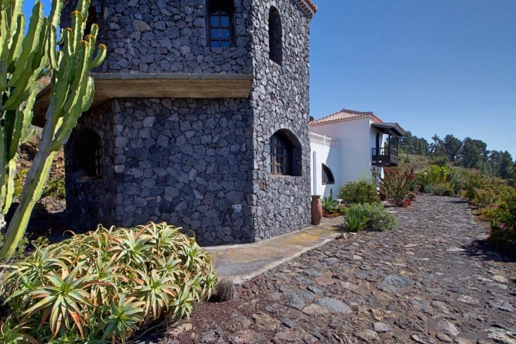3 Bed  Villa/House for Sale, Las Caletas, Fuencaliente, La Palma - LP-F54 10